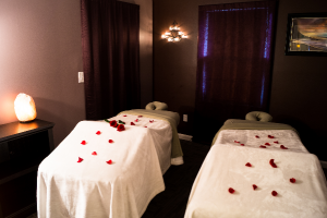 couples_massage_room_theupperhanddayspa